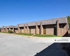 Southern Hills Plaza - Tulsa