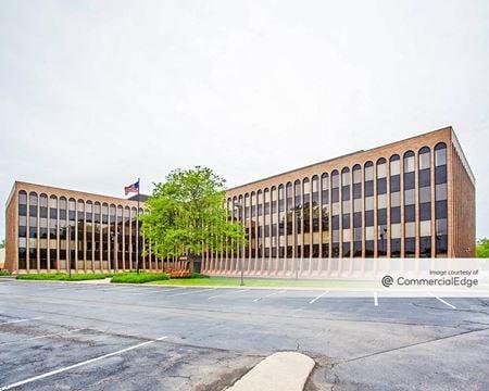 Continental Office Plaza - Des Plaines