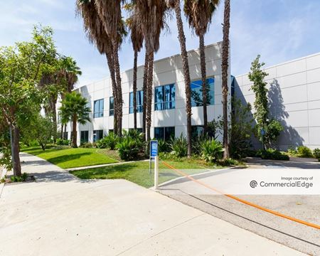 7885 Nelson Road - Los Angeles
