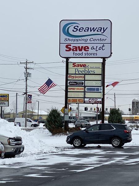 Seaway Plaza - Ogdensburg