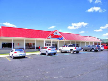 Pleasant Retreat Shopping Center - Lancaster