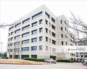 4333 Amon Carter Blvd - Fort Worth