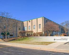 800 Corporate Center