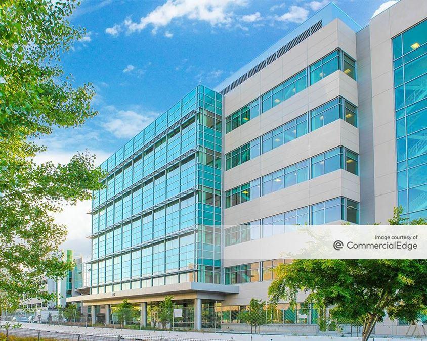 Gilead Sciences Campus - 357 Lakeside Drive