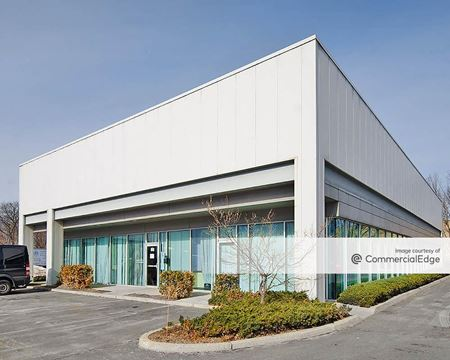 Totowa Commerce Center - 80, 100, 120 & 140 Commerce Way & 999 Riverview Drive - Totowa