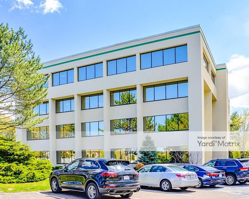 Lynnfield Woods Office Park - North & East Buildings