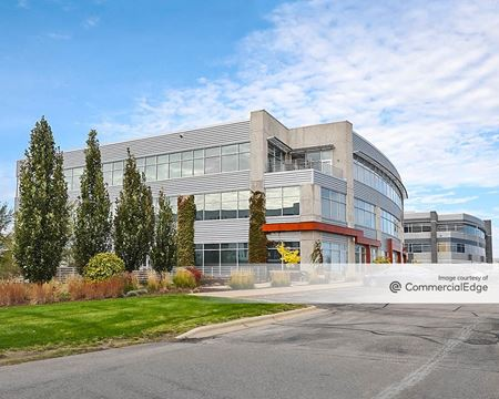 Novation Campus - Summit Credit Union Building - Madison