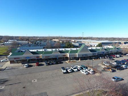 Maple Park Plaza - Commerce