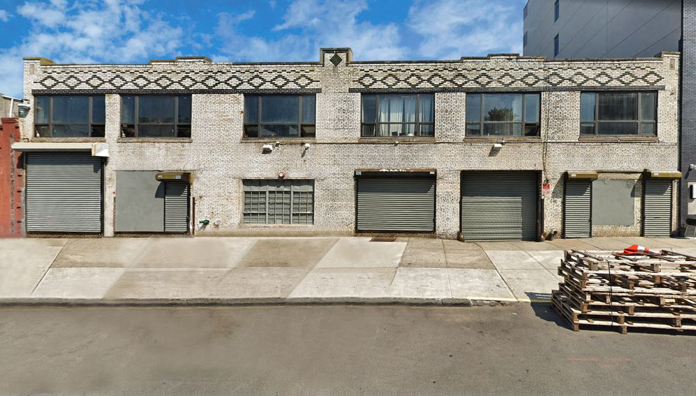 1005 Greene Ave   100-Foot Frontage