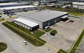 For Lease   ±40,082 SF Industrial Space in Northwest Houston - Houston