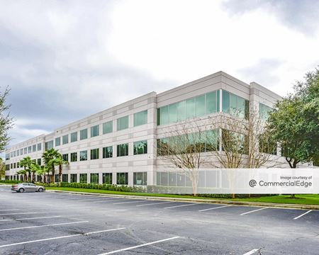 The Quadrangle Business Park - University Corporate Center II - Orlando
