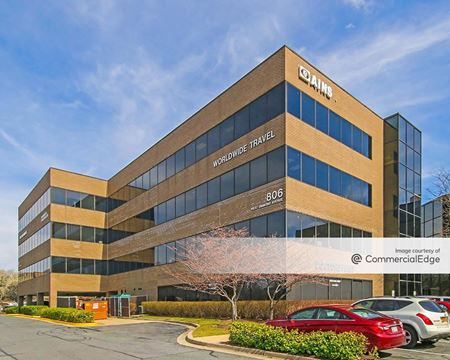 Quince Tree Executive Center - 806 & 818 West Diamond Avenue - Gaithersburg