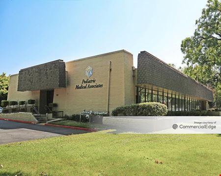 650 Howe Ave - Sacramento