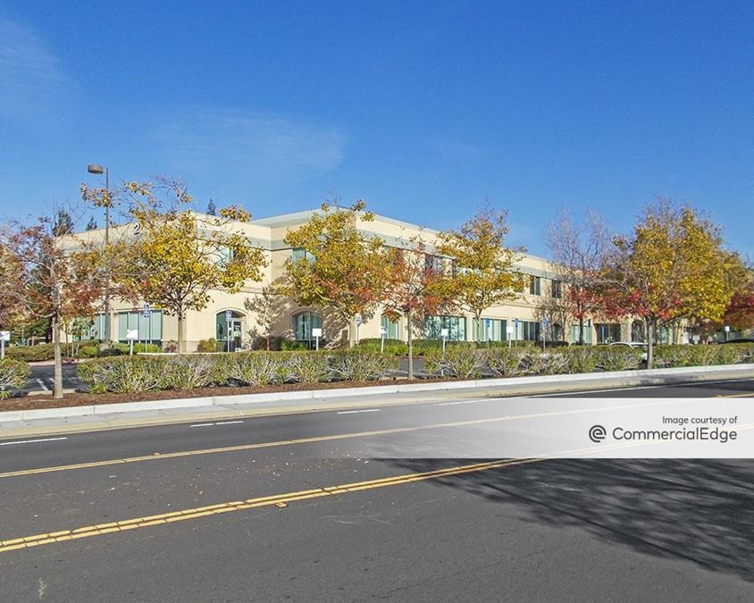 Sutter Roseville Medical Center - 2 Medical Plaza Drive