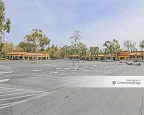 Oak Park Shopping Center