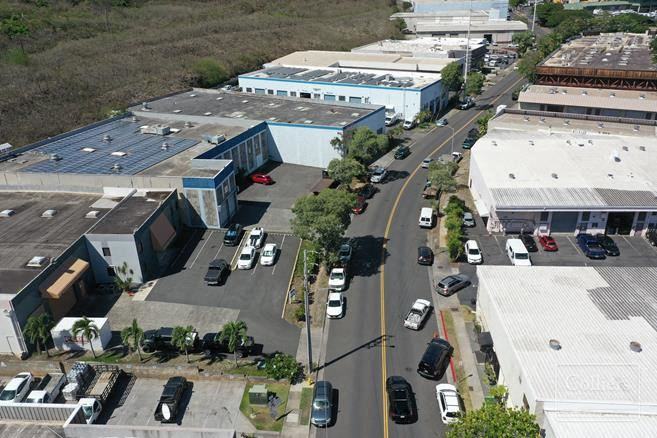 99-910 Iwaena St Warehouse & Air Conditioned Office at Halawa Industrial Park For Sale