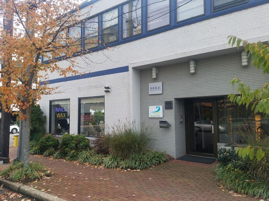 Montgomery Center (300-207)