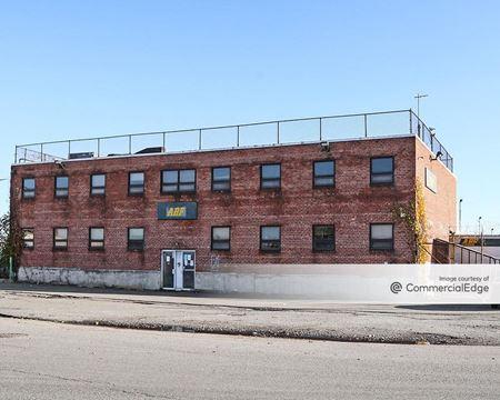 414 Maspeth Avenue - Brooklyn