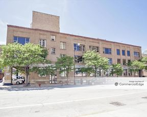 641 West Lake Street