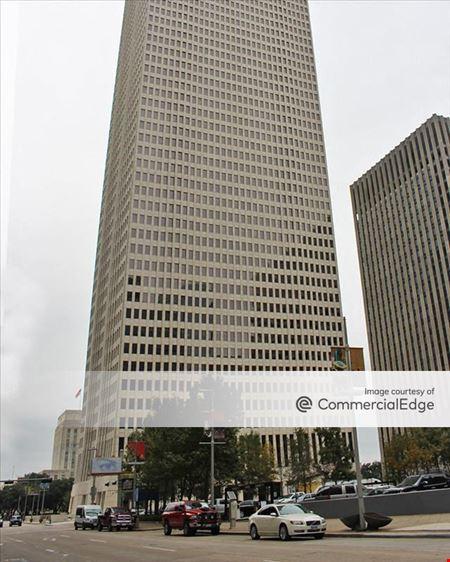 910 Louisiana - Houston