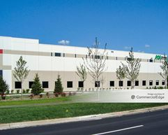 Turnberry Lakes Business Park - Building 1 - Roselle