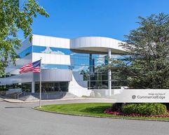 Mount Pleasant Corporate Center - 117 Stevens Avenue - Valhalla