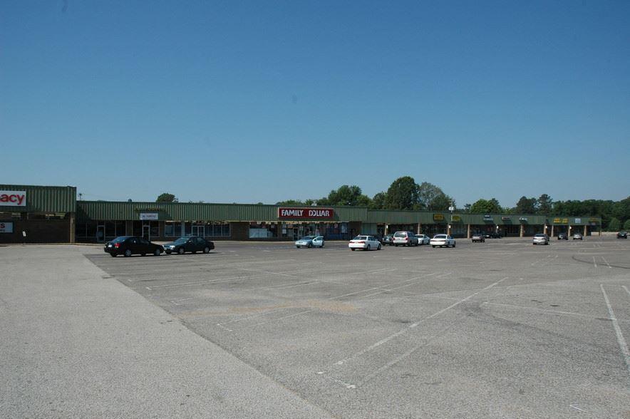 Riverwood Shopping Center