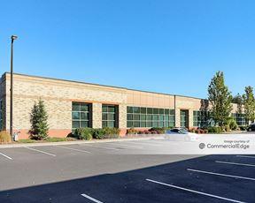 AmberGlen Business Center - Building 1365