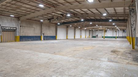 595 Industrial Drive - Multi-tenant Industrial Building For Sale / Lease - Jackson