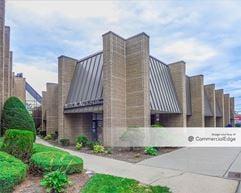 Medical Arts Building - New Hyde Park