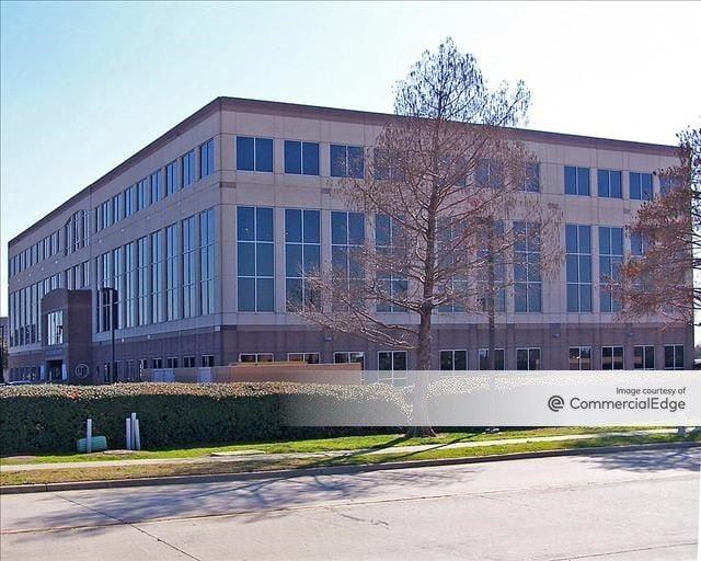 161 Corporate Center