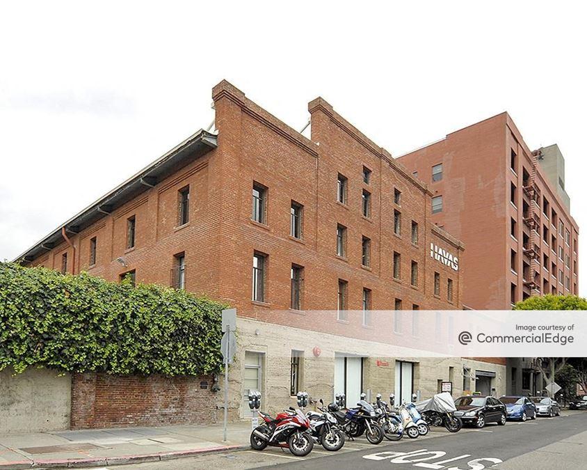 1725 Montgomery Street & 150 Chestnut Street