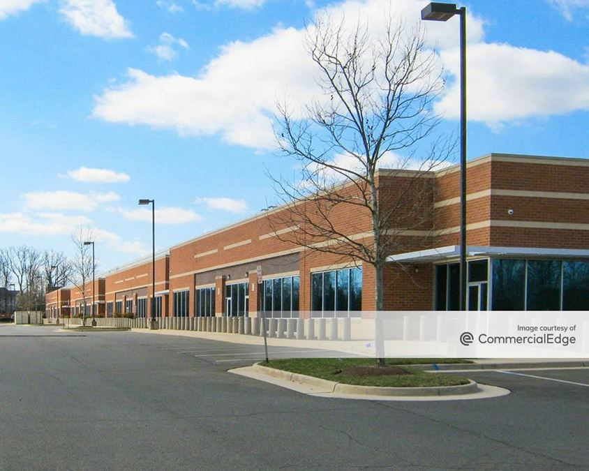 Corporate Campus at Ashburn - 21625, 21631, 21635 Red Rum Drive
