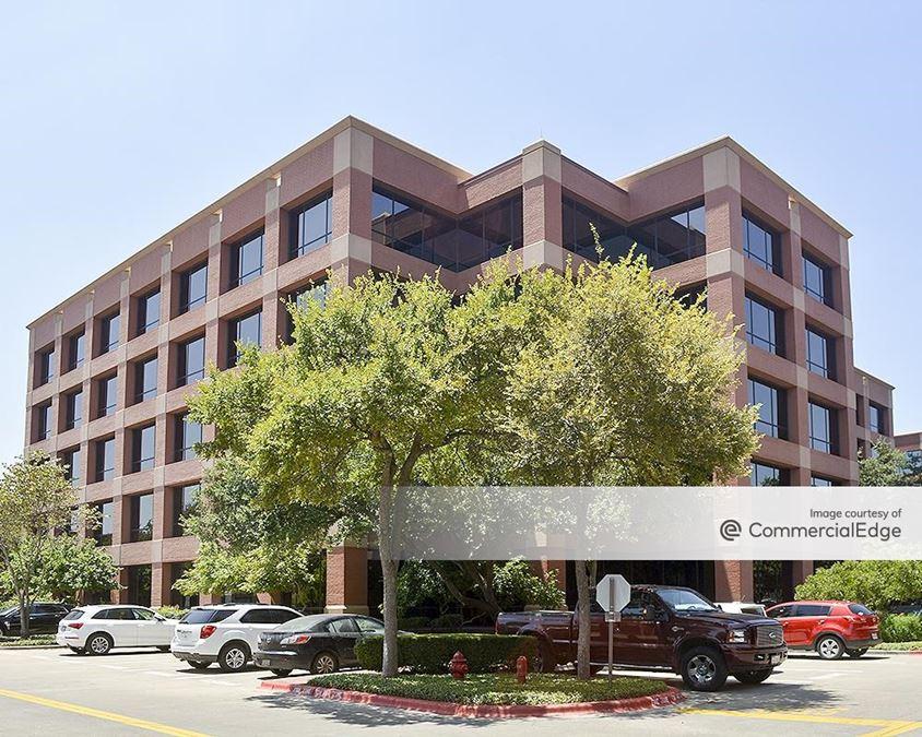 Barton Oaks Plaza IV