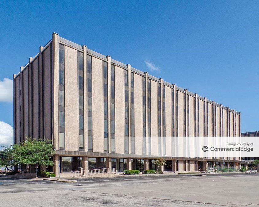 Adair Center - 6200 Hillcroft Avenue