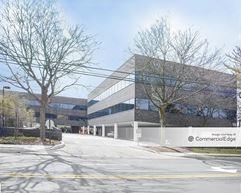 River Edge Corporate Center - River Edge