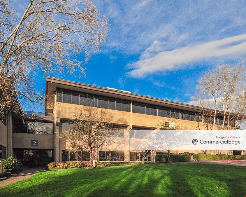 Kruse Woods Corporate Park - 4000 Kruse Way Place II & III