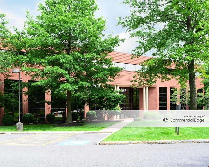 Linden Oaks Office Park - 400 Linden Oaks