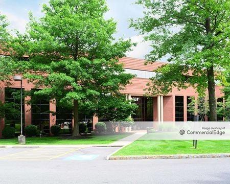 Linden Oaks Office Park - 400 Linden Oaks - Rochester