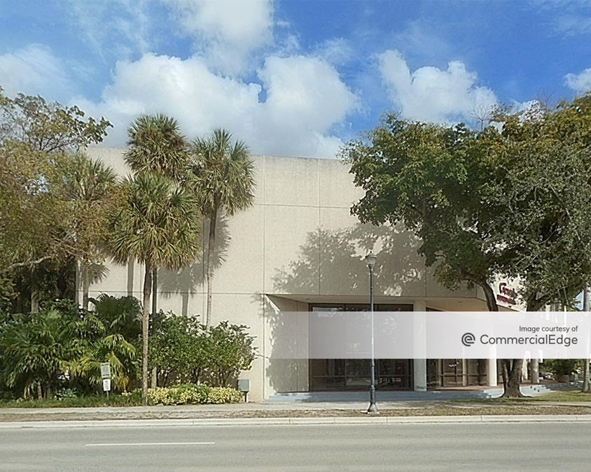 The Crexent Business Center - 6625 Miami Lakes Drive