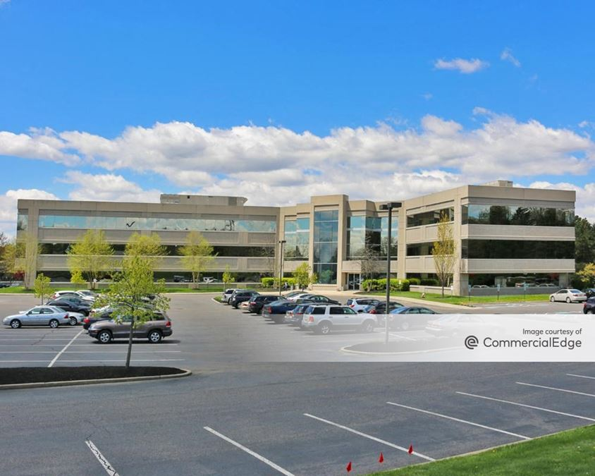 Lake Center Executive Park - 10 Lake Center