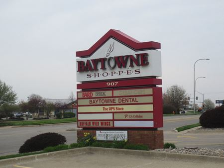 Baytowne Shoppes Corner Lot - Champaign