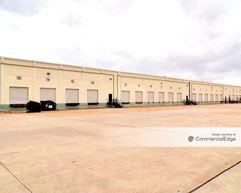 Alamo Crossing Commerce Center - 7865, 7875 & 7885 Northcourt Road - Houston
