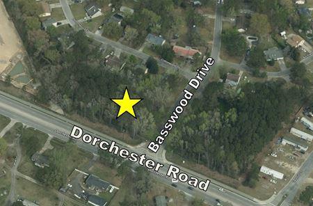 Dorchester Road at Basswood Avenue - Summerville