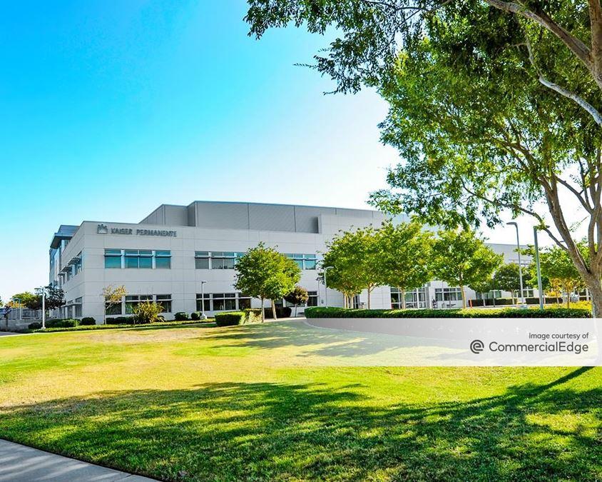 Kaiser Permanente Elk Grove Medical Offices