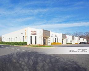 804 Clanton Rd - Charlotte