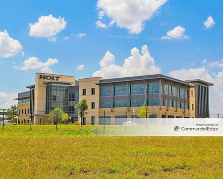 Holt Cat Headquarters - San Antonio