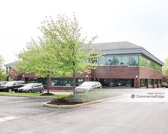 Newtown Square Corporate Campus - 11 & 14-18 Campus Blvd