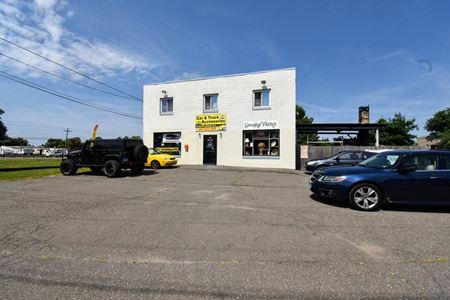 240 Chapel Road - South Windsor