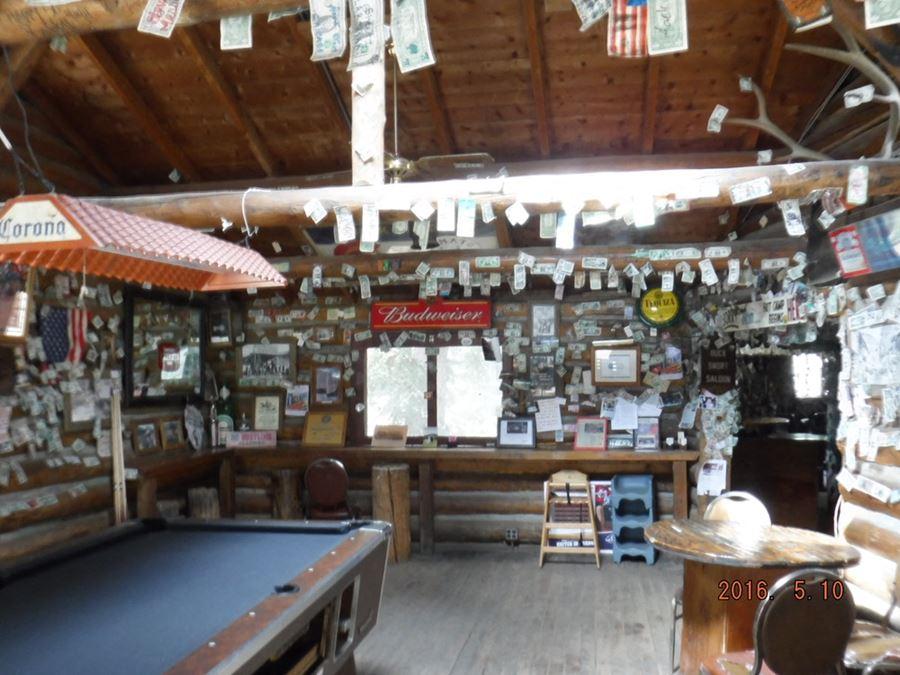 The Legendary Bucksnort Saloon